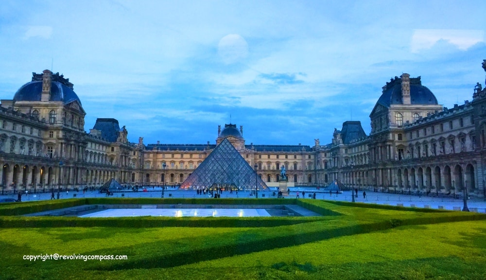 Louvre Museum Paris in a day